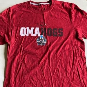 Arkansas OMAHOGS 2018 College World Series Tee